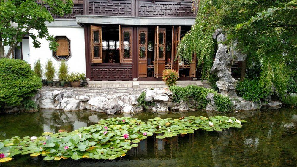Dicas para construir um lago ornamental